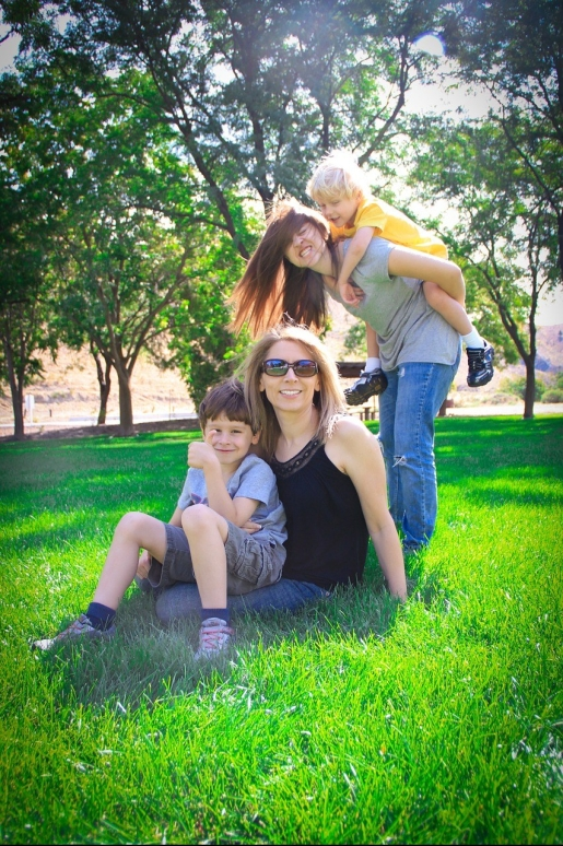 family-286147_1280